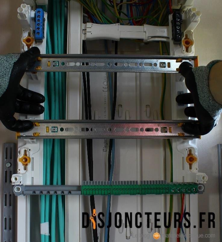 Installation VDI - Coffret de communication fixé