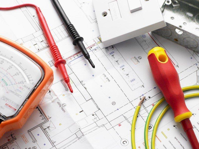 Appareillage électrique et fonctionnalités