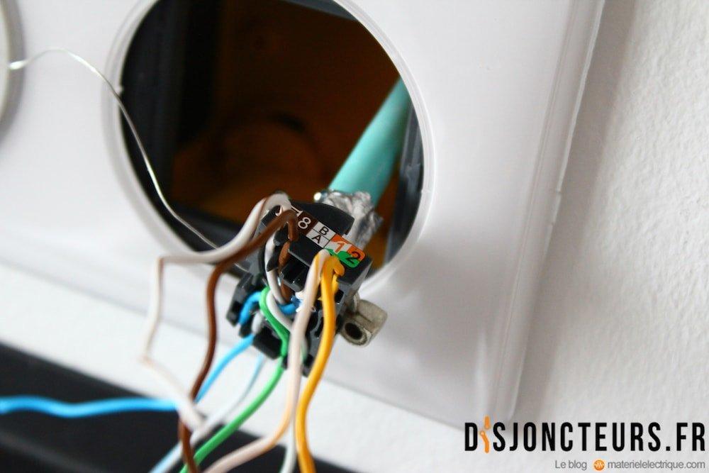 Coffret VDI : Détail du câble RJ45 dénudé (suite 2)