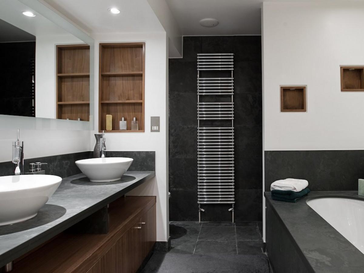 Boite Cache Prise Electrique la norme électrique nfc 15-100 dans votre salle de bain