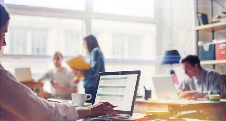 Connecter les appareils de votre espace professionnel au réseau électrique