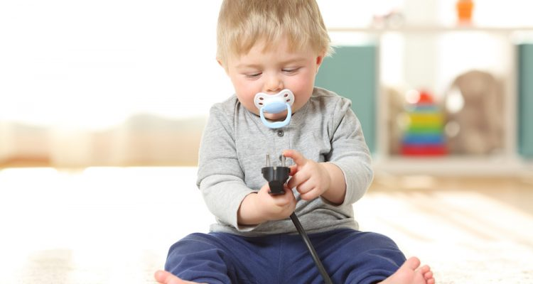 Les enfants face aux risques électriques