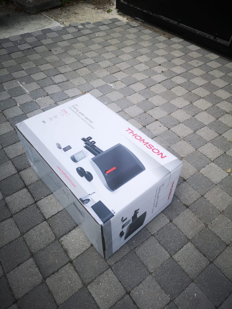 Tutoriel d'installation du kit de motorisation de portail coulissant Thomson 0001