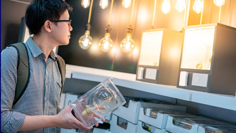 Comment lire les étiquettes d'emballages de lampes LED